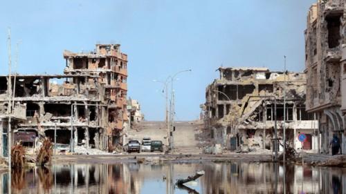 LA RECONSTRUCCIÓN DE LIBIA PODRÍA DURAR MÁS DE 50 AÑOS, MIENTRAS EN ESE TIEMPO OCCIDENTE SEGUIRÁ ESQUILMANDO EL PETRÓLEO DEL PAÍS